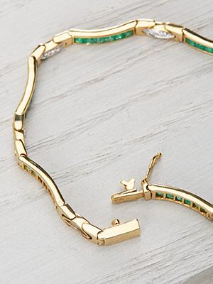 Vintage Diamond and Emerald Bracelet