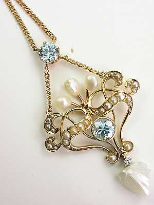Victorian Jewelry Necklace