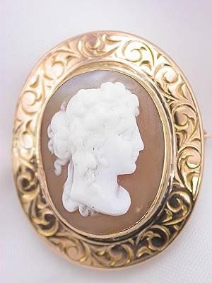 Antique Victorian Cameo Brooch