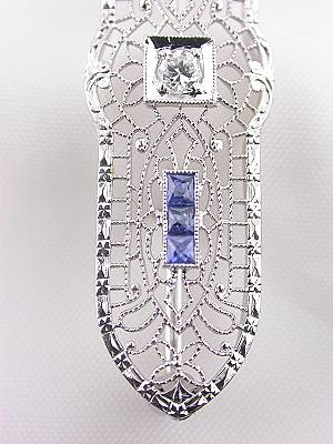 Late Edwardian Brooch with Sapphires