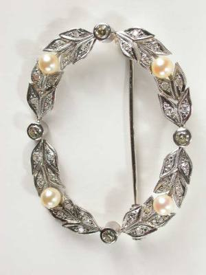 Antique 1930's Pearl and Diamond Brooch