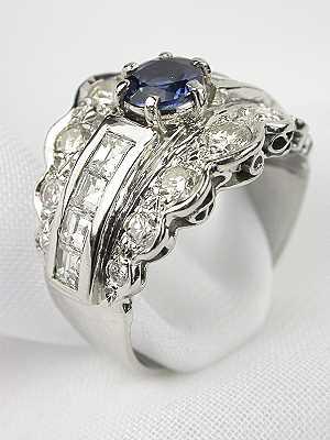 1940s Platinum Sapphire & Diamond Antique Ring