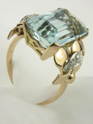 Retro Antique Aquamarine Engagement Ring