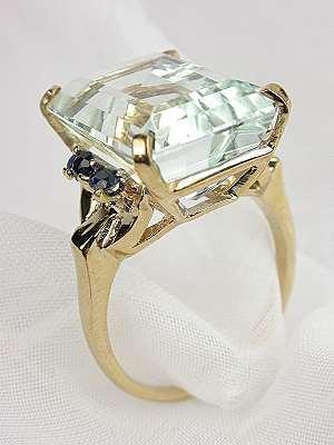 Antique Retro Aquamarine Engagement Ring