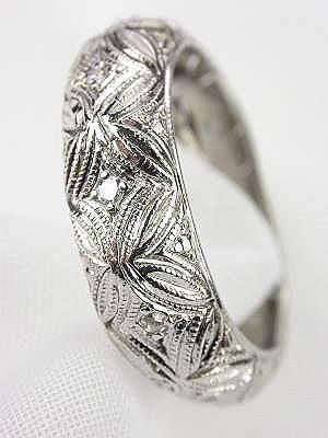 1930s Filigree and Diamond Wedding Ring