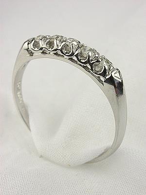 Classic 1950s Diamond Wedding Ring