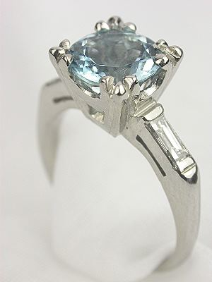 1940's Aquamarine Antique Engagement Ring in Platinum