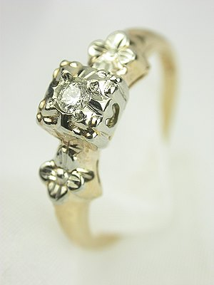 Two Toned 1930s Diamond Engagement Ring