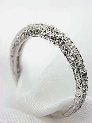Vintage Style Wedding Ring with Filigree