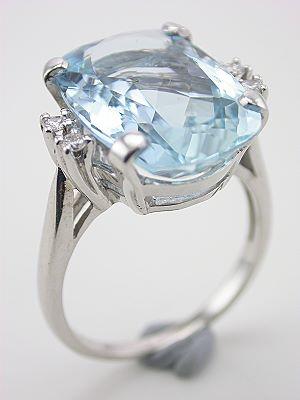 Classic Aquamarine Antique Ring
