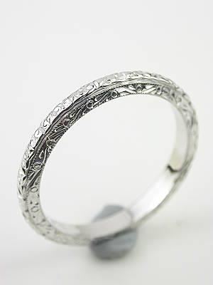 1930s Carved Antique Wedding Ring