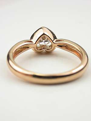 Diamond and Heart Promise Ring in Rose Gold