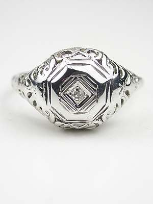 1930s Vintage Engagement Ring with Scroll Design