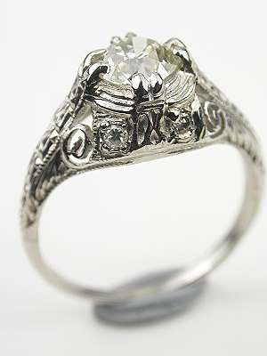 Vintage Filigree Engagement Ring in Platinum