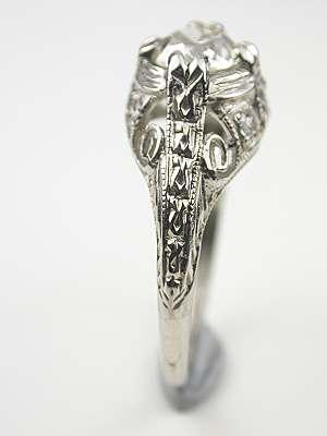 Vintage Filigree Engagement Ring in Platinum