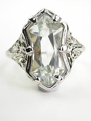 Vintage Pierced Filigree Cocktail Ring