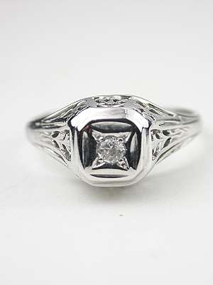 Art Deco Antique Engagement Ring