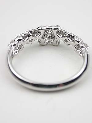 Diamond Wedding Ring with Swirling Design