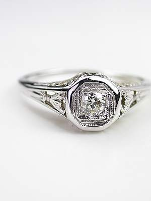 Art Deco Antique Ring with Floral Motif