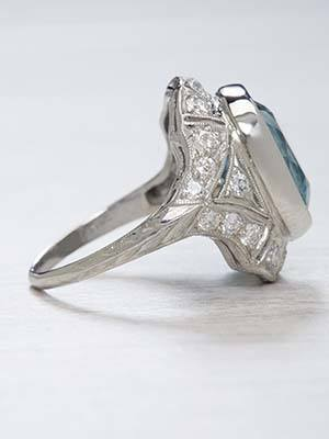 Art Deco Antique Aquamarine Ring