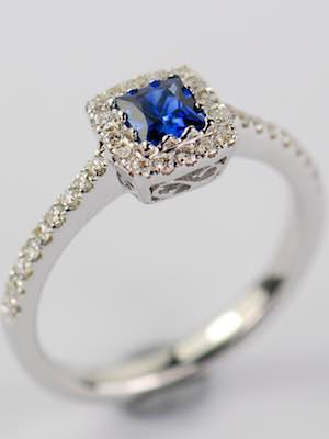 Vintage Style Engagement Ring with Blue Sapphire