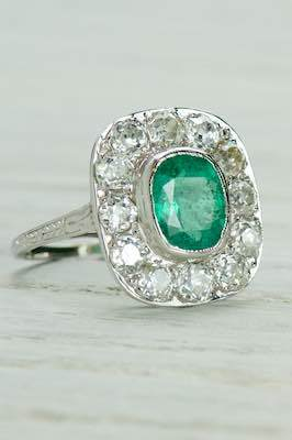 Edwardian Antique Ring with Cushion Cut Emerald