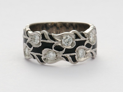 Vintage Wedding Ring with Tulip Motif