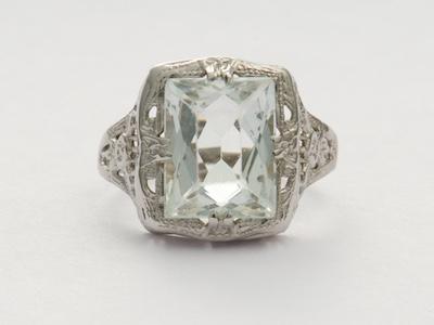 Antique Art Deco Engagement Ring