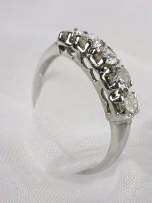 Vintage 1940s 5 Stone Wedding Ring